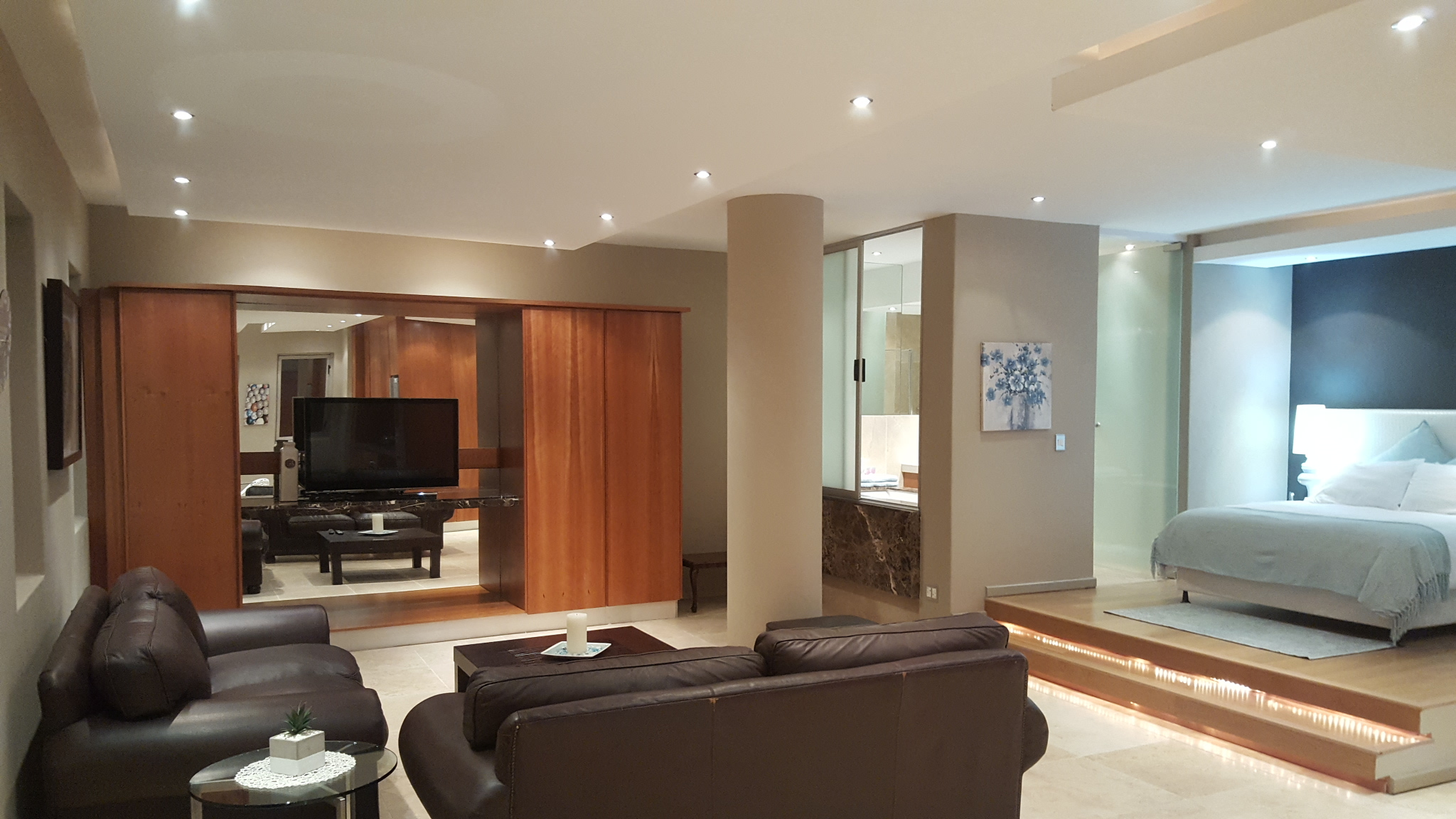 1 BedroomApartment For Sale In Newtown