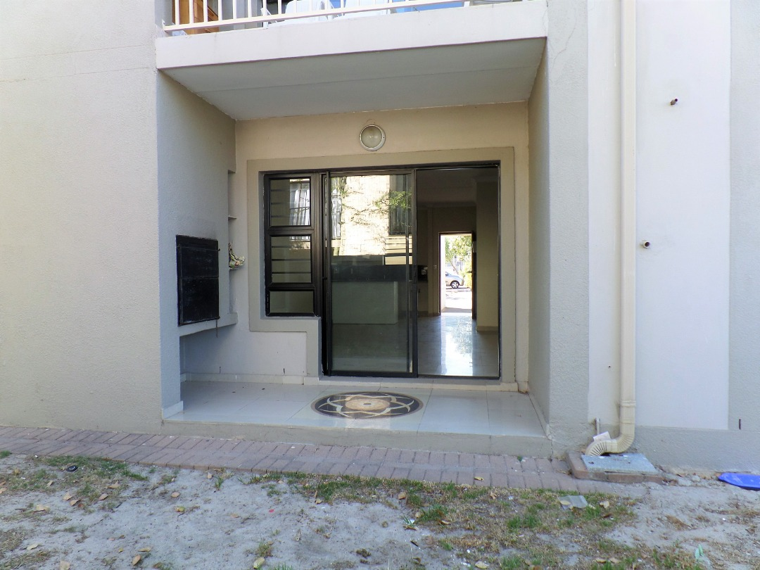 An affordable 2 Bedroom, 1 Garage, Ground Floor apartment within Burgundy Estate can be yours!