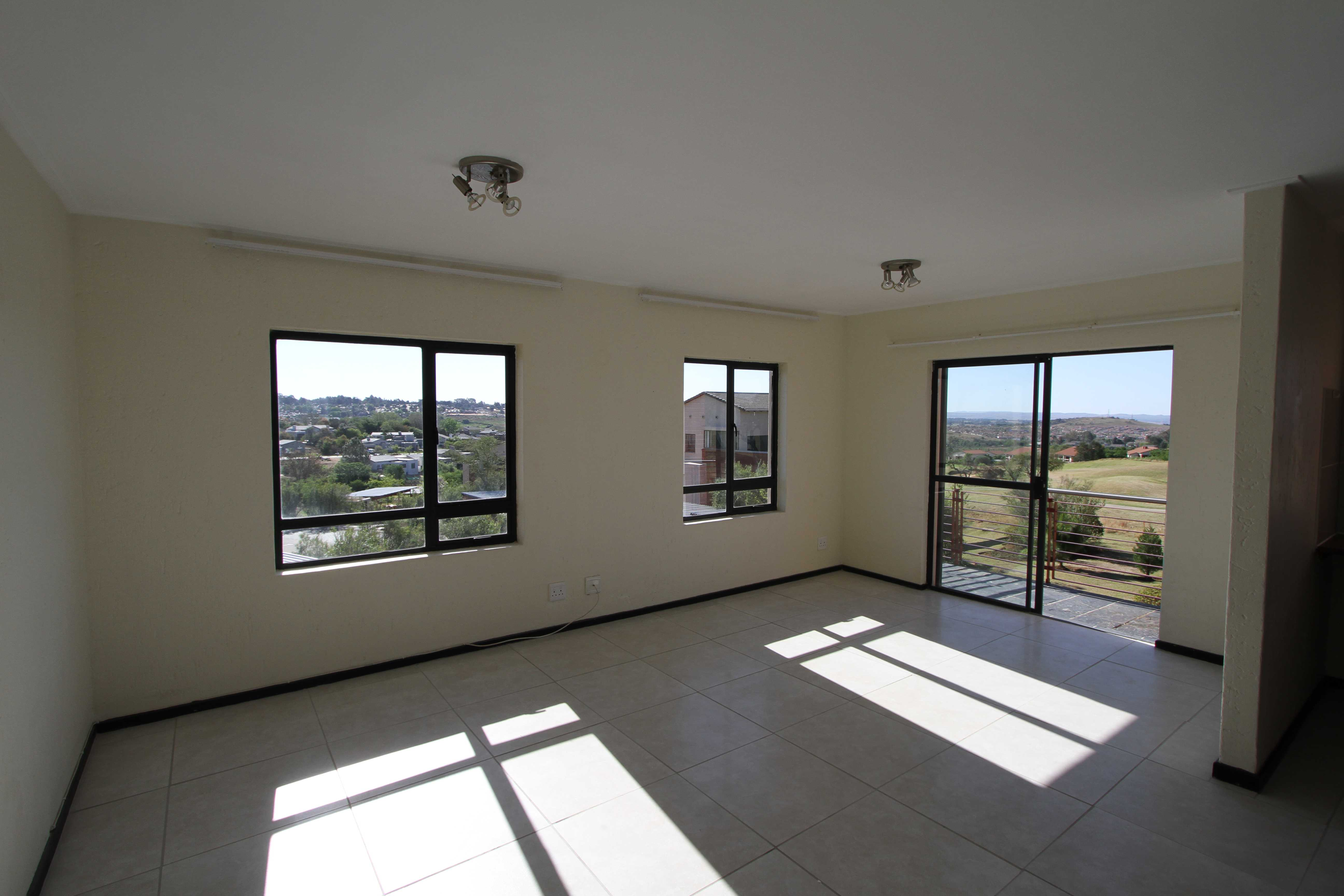 2 Bedroom Apartment with views of the golf course