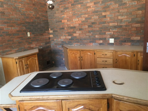 4 Bedroom Small Holding for sale in Magaliesburg ENT0049788 : photo#11