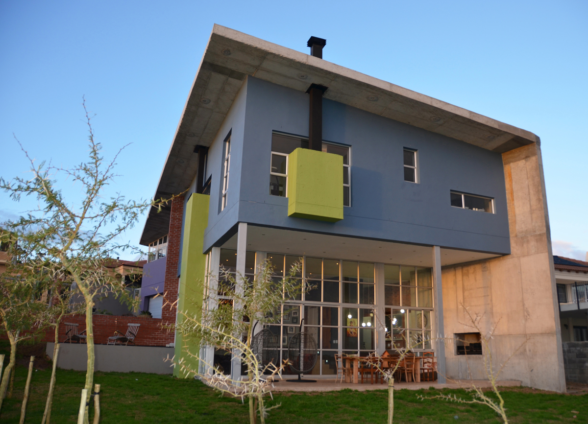 4 BedroomHouse For Sale In Dennegeur