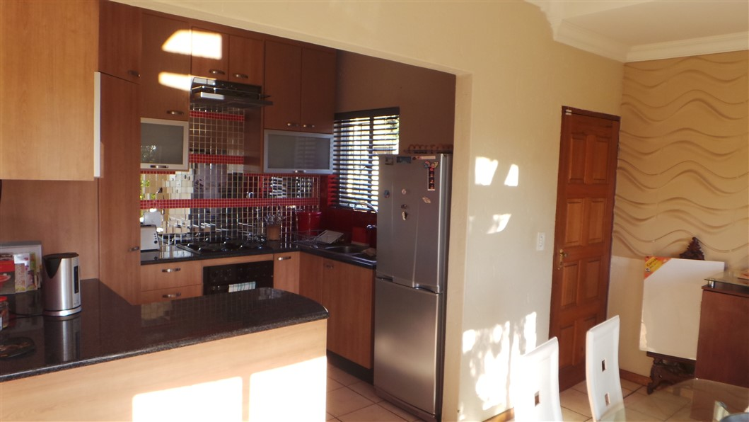 3 Bedroom Townhouse for sale in Northgate ENT0033297 : photo#4