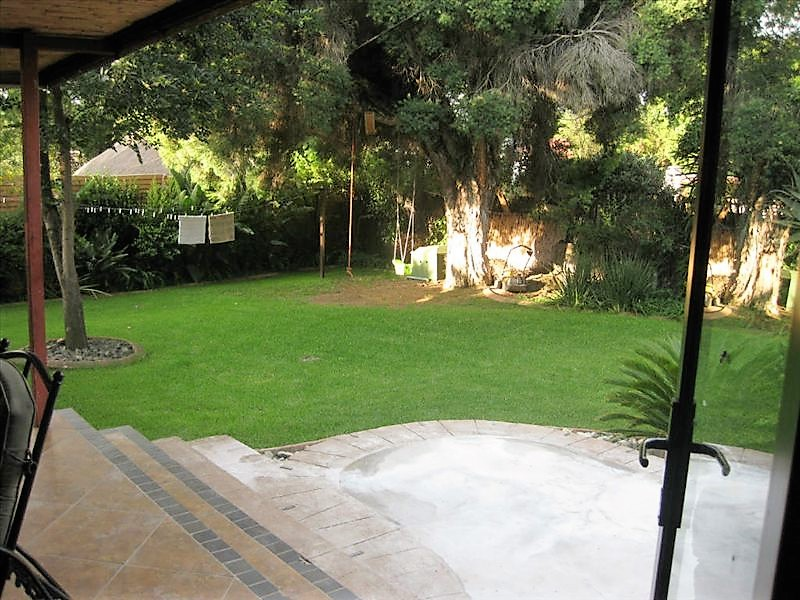 4 Bedroom House for sale in Kempton Park Ext 4 ENT0031084 : photo#15