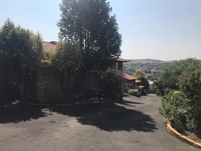 3 Bedroom Townhouse for sale in Glenvista ENT0069029 : photo#0
