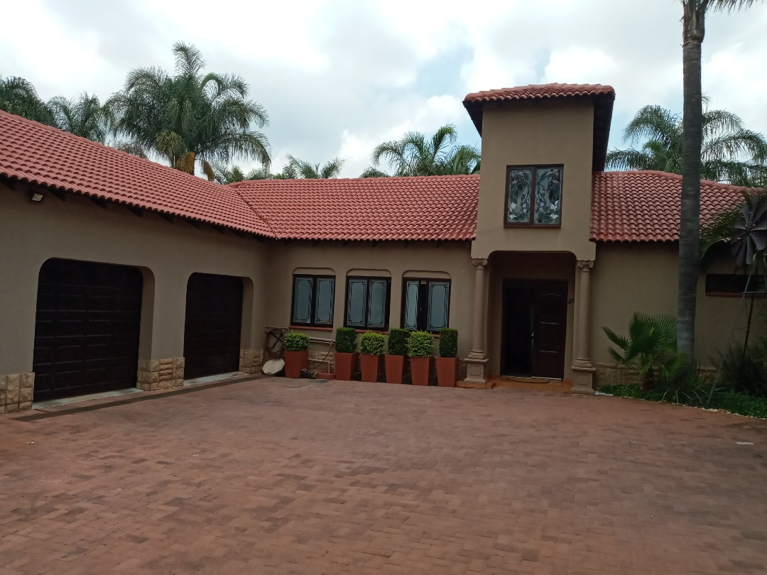 Exclusive Family Home In Eldoraigne
