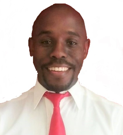 Real Estate Agent - Lusanda Noyana