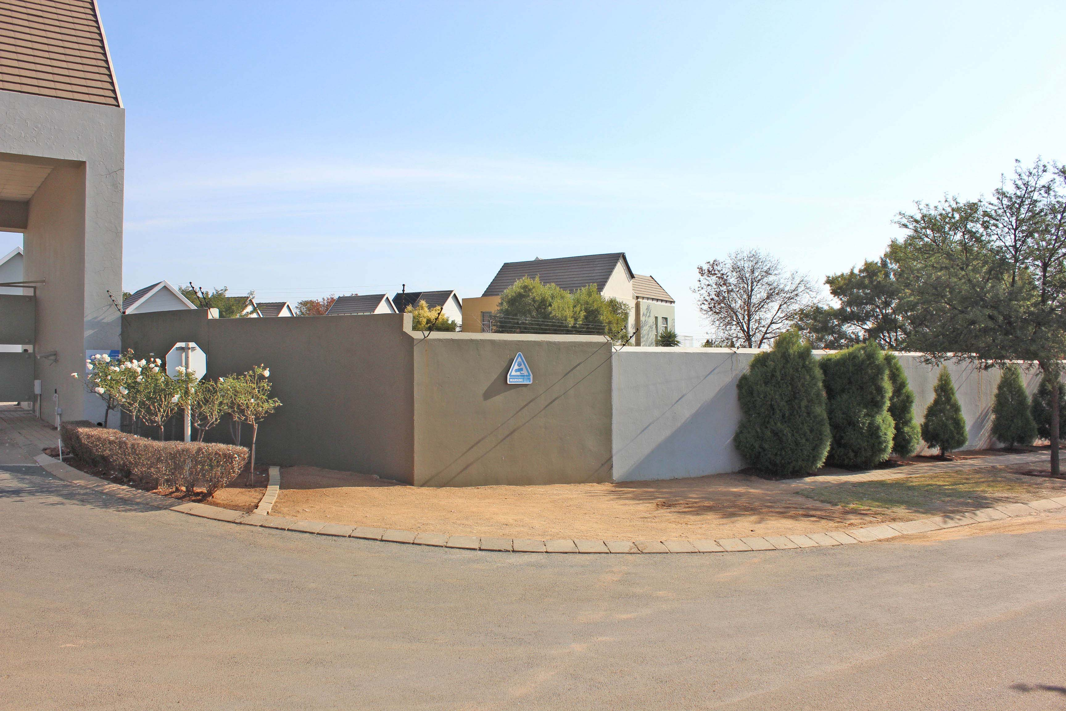 3 Bedroom Townhouse for sale in North Riding ENT0075308 : photo#15