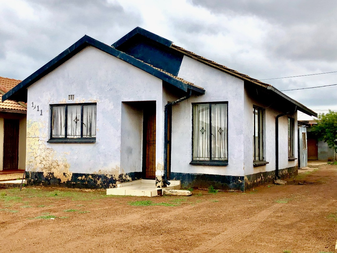 3 BedroomHouse For Sale In Protea Glen