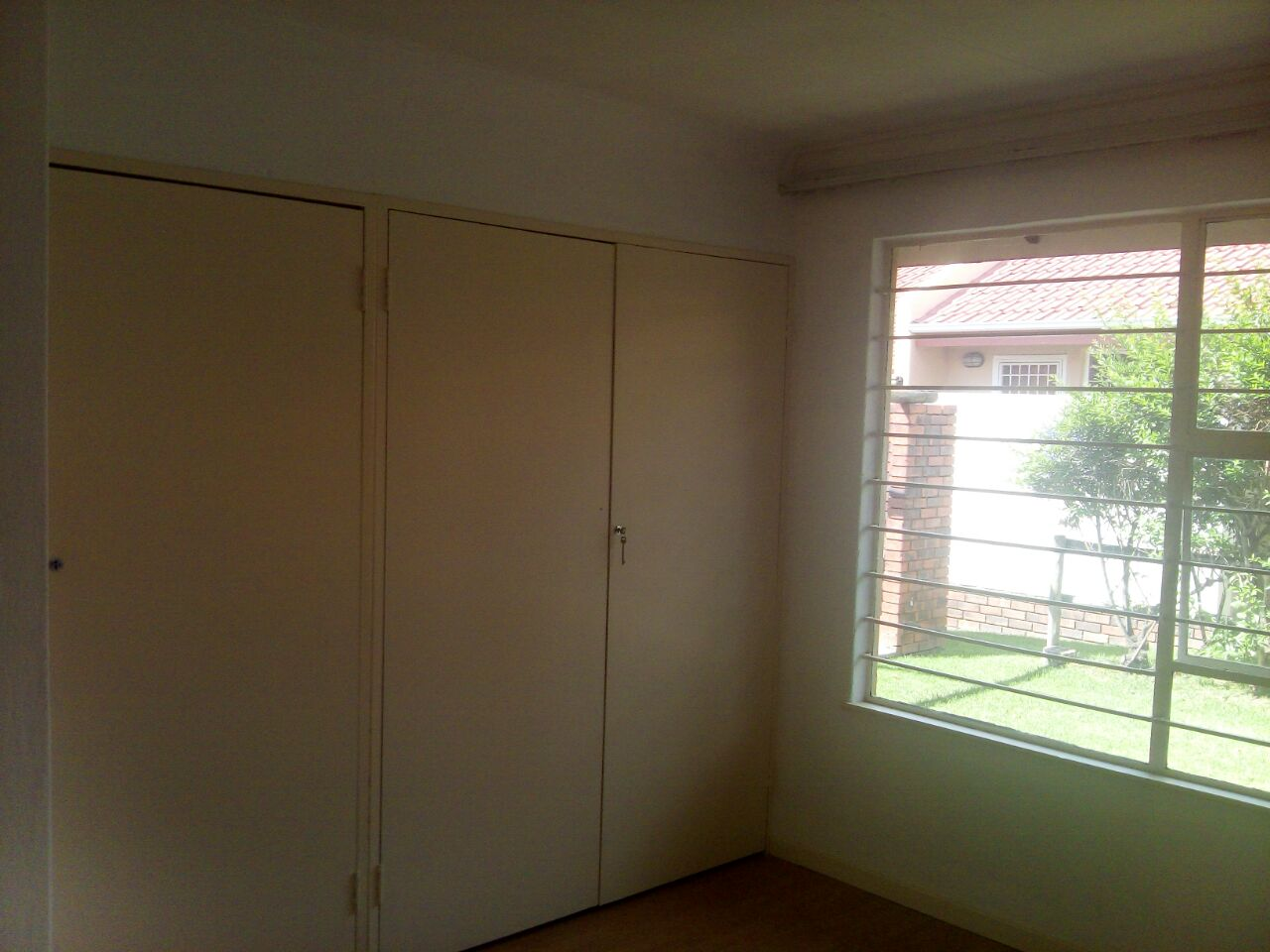 2 Bedroom Townhouse for sale in Sunninghill ENT0074719 : photo#11