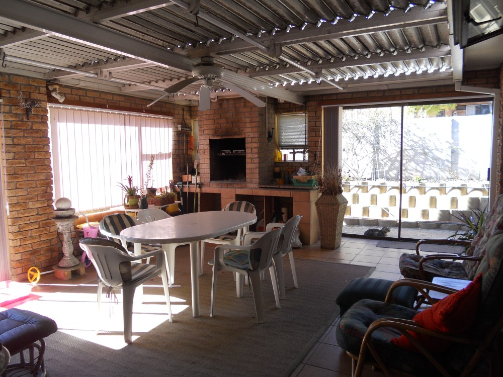 Townhouse for sale in Plattekloof ENT0027350 : photo#9
