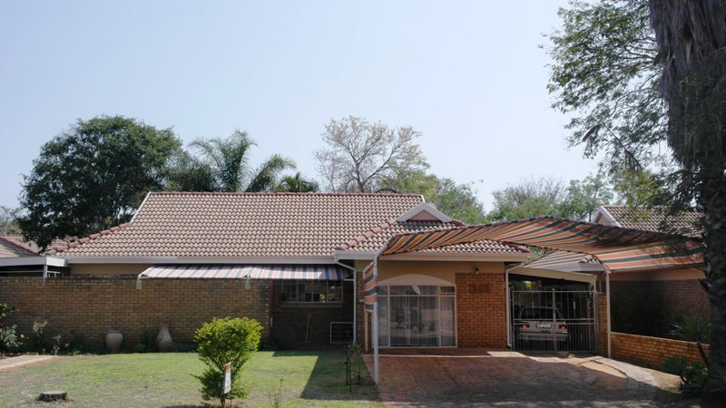 WELL PRICED 3 BEDROOM HOUSE IN GHOLFPARK, NABOOMSPRUIT
