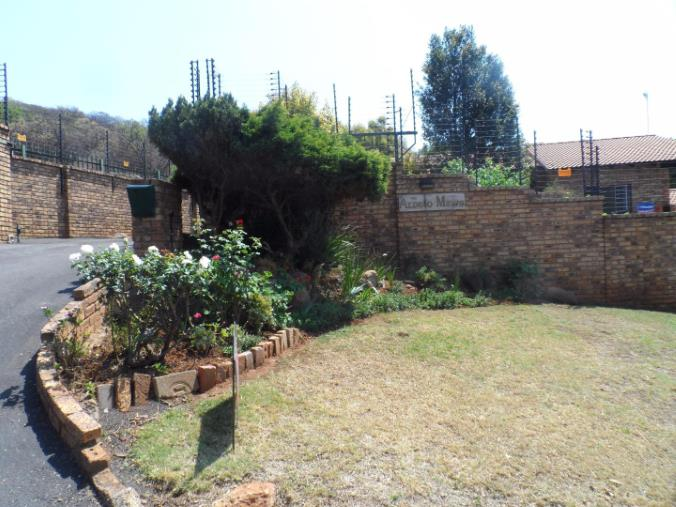 3 Bedroom Townhouse for sale in Glenvista ENT0069029 : photo#1