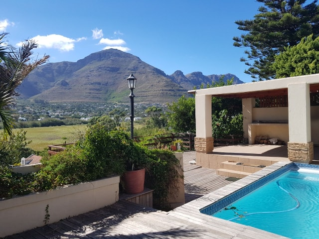 3 BedroomHouse For Sale In Hout Bay