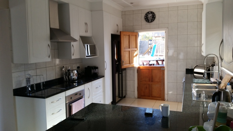 3 Bedroom House for sale in Sunnyridge ENT0049482 : photo#3