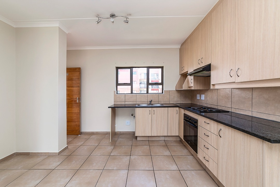 2 Bed, 2 Bath 1st Floor Cnr. Unit Barbeque Downs