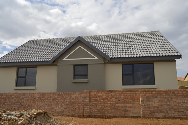 3 BedroomTownhouse For Sale In Tasbet Park Ext 1