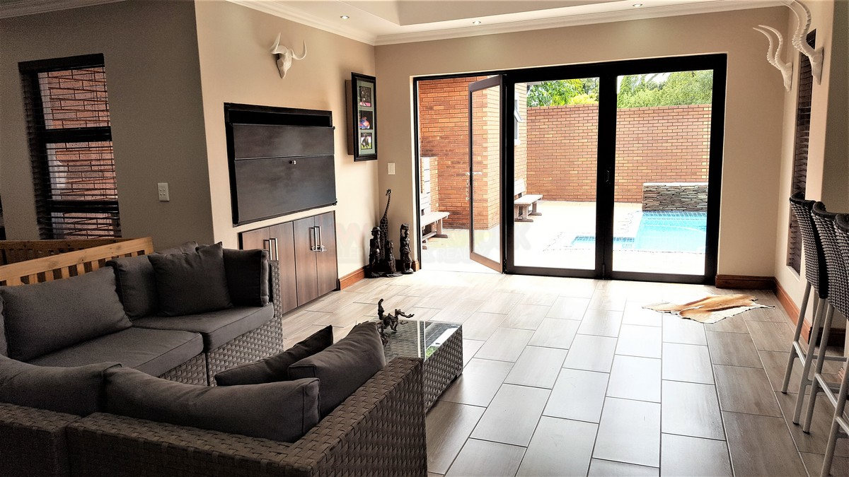 4 Bedroom House for sale in Randhart ENT0080568 : photo#6
