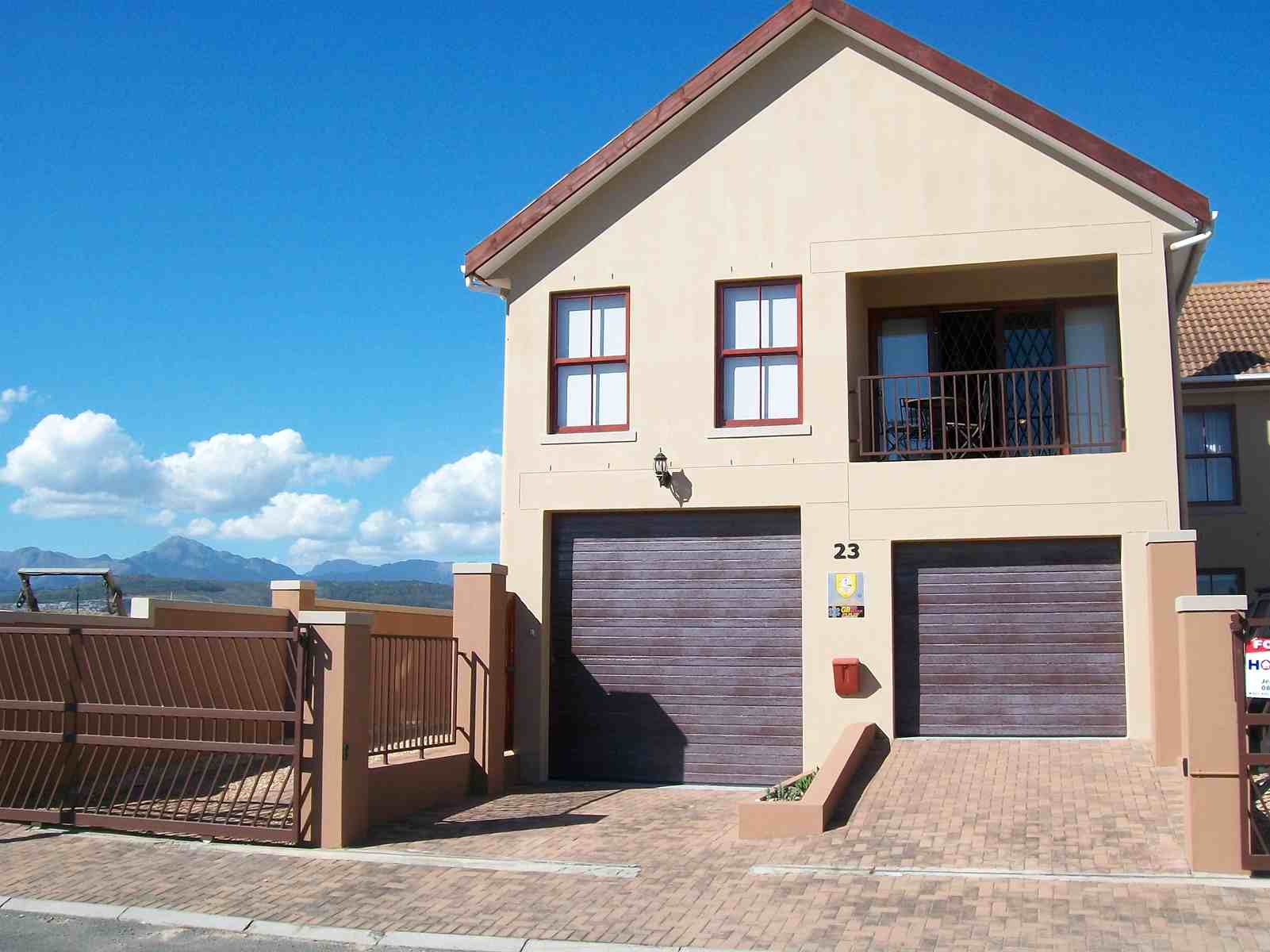 4 BedroomHouse For Sale In Gordons Bay Central