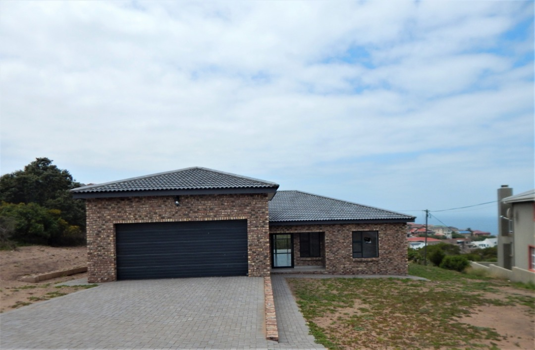 Newly  3 bedroom house built and is  for sale in Dana Bay
