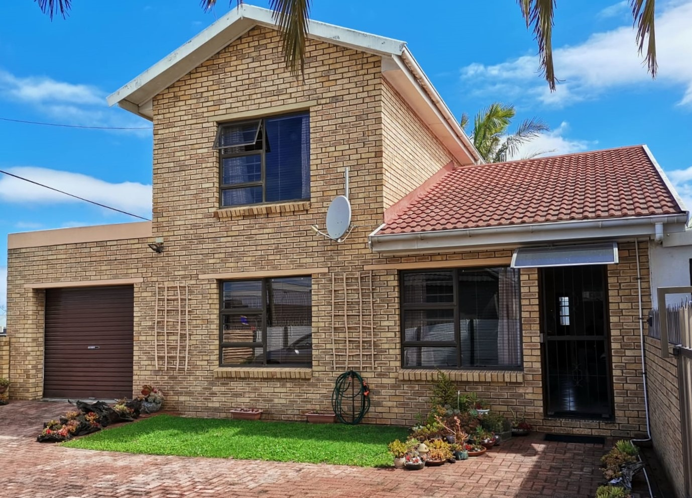 Three-bedroom townhouse in Central George
