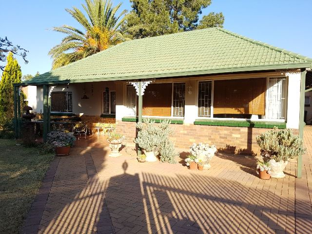 3 BedroomHouse For Sale In Stilfontein Ext 3