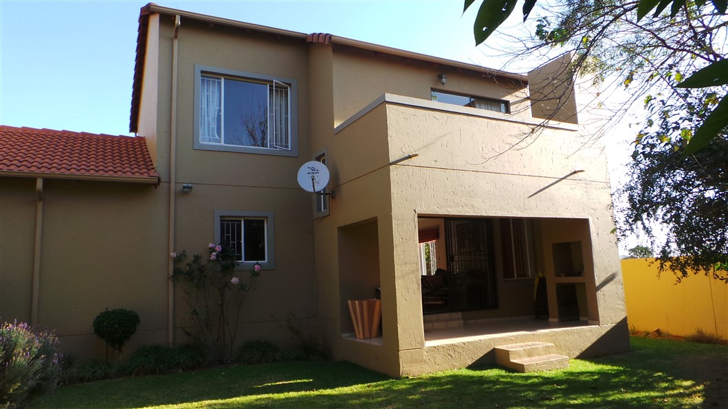 3 Bedroom Townhouse for sale in Northgate ENT0033297 : photo#23