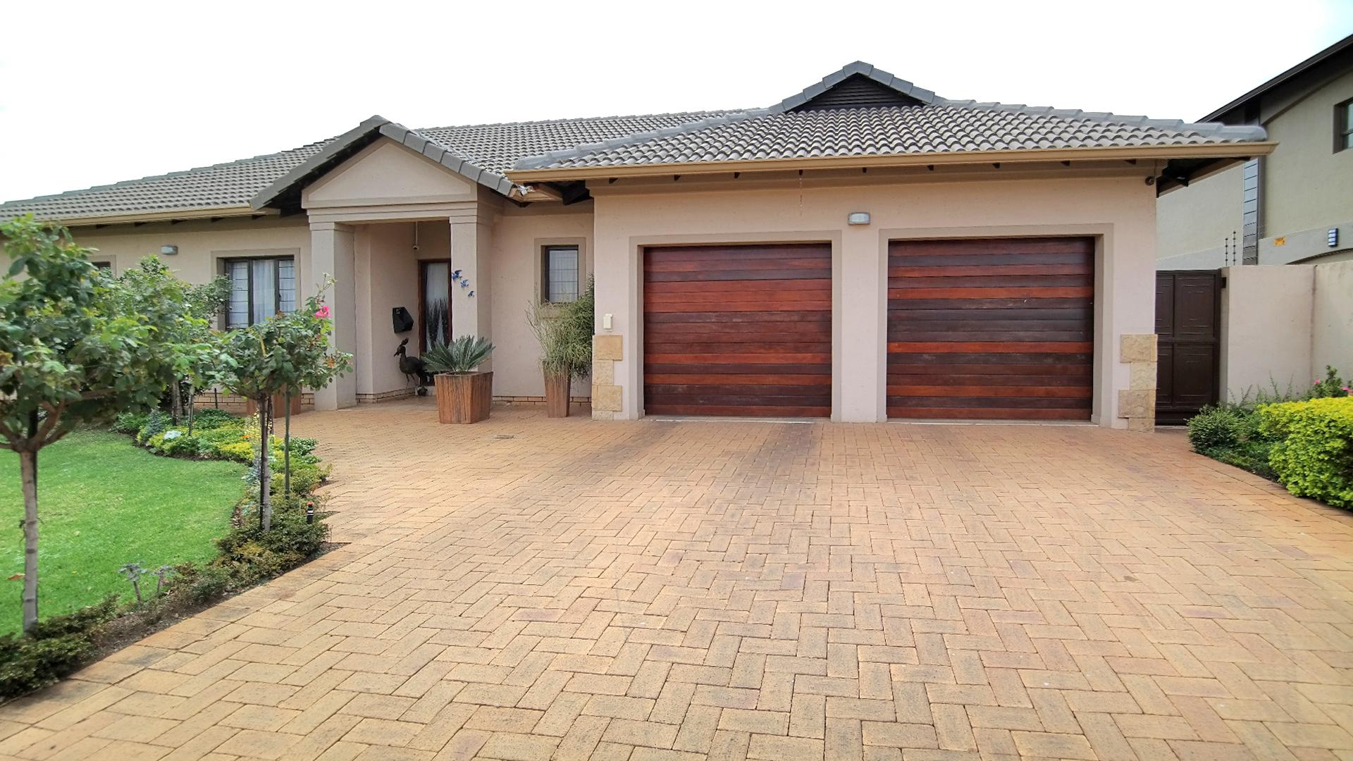 3 Bedroom House for sale in Montana ENT0066308 : photo#2