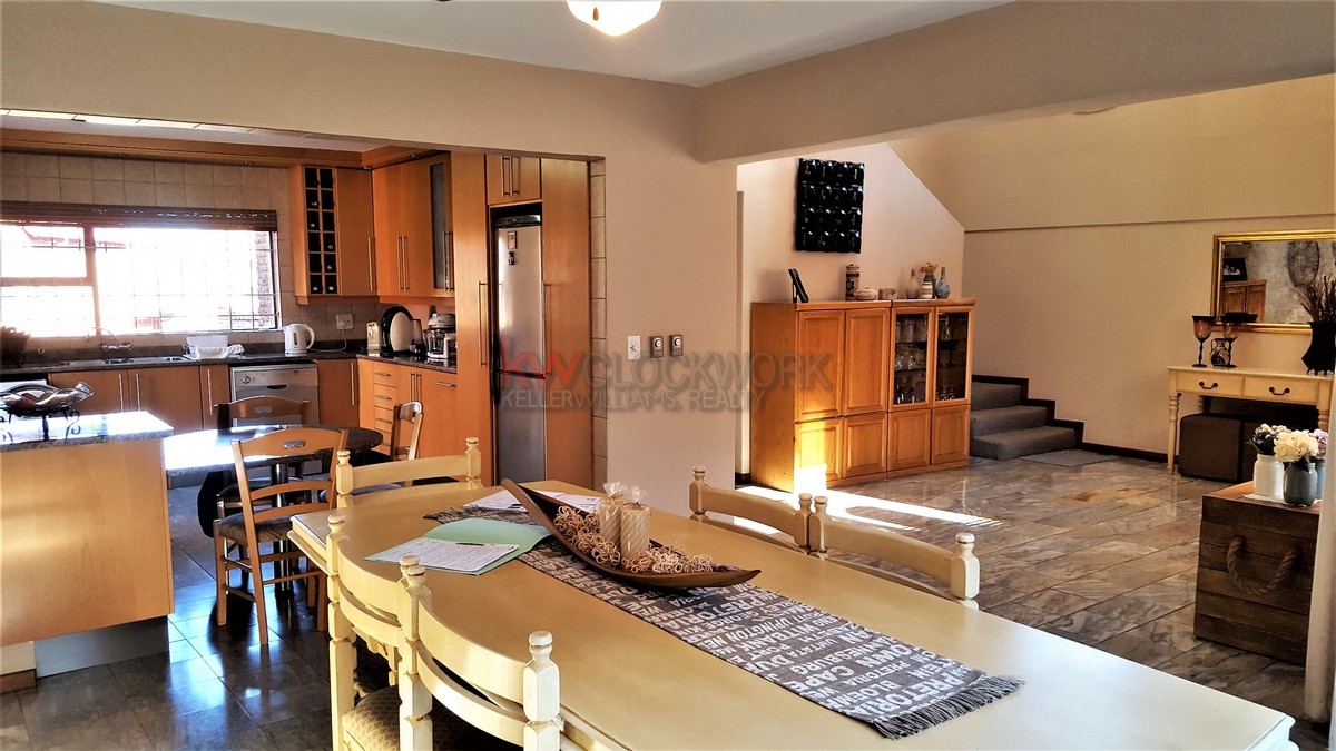 3 Bedroom Townhouse for sale in Bassonia ENT0044188 : photo#17