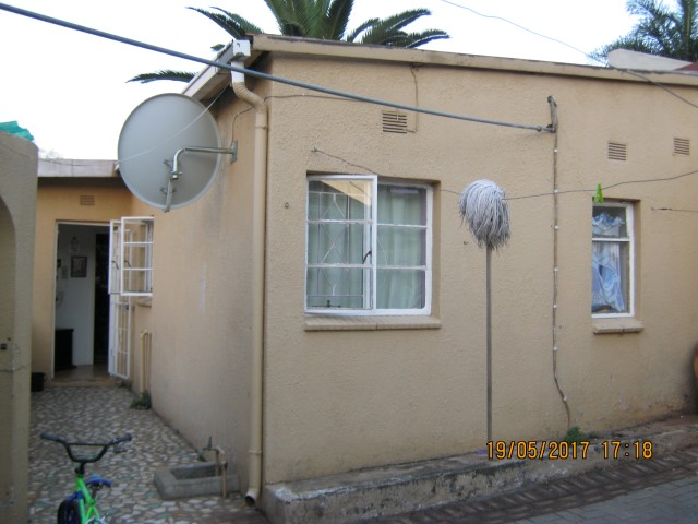 4 Bedroom House for sale in Kensington ENT0031086 : photo#25