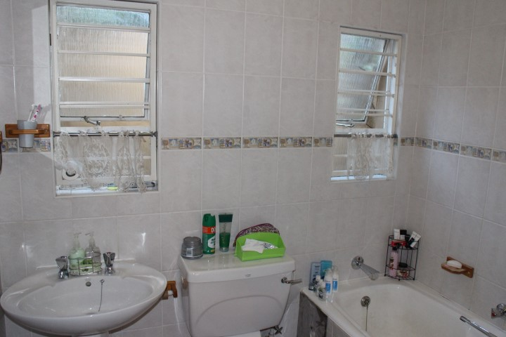 3 Bedroom Townhouse for sale in Eldoraigne ENT0012519 : photo#12