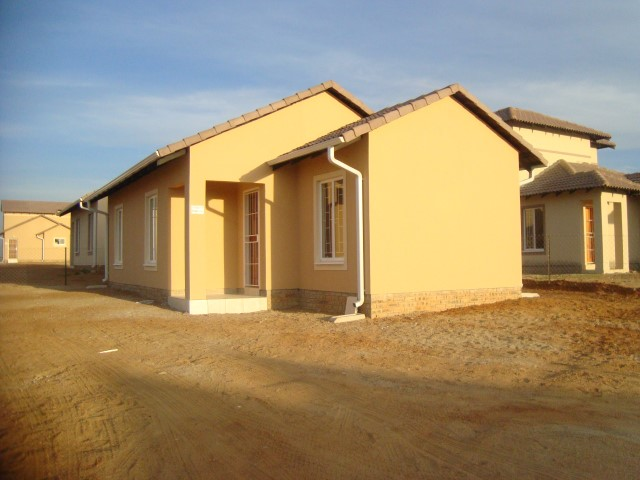 3 BedroomHouse For Sale In Blue Hills