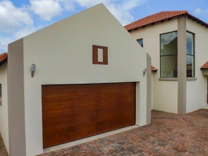 4 Bedroom Luxury Home For Sale