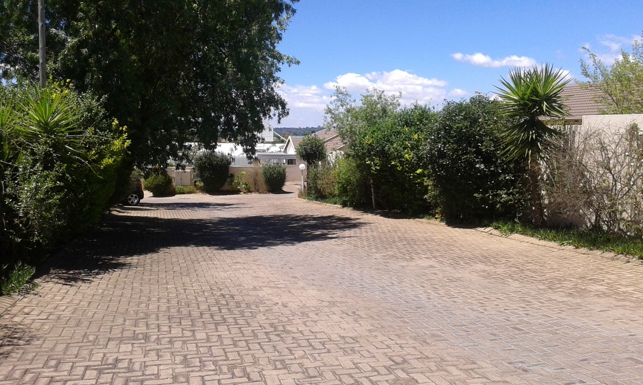3 Bedroom Townhouse for sale in Northgate ENT0070583 : photo#14