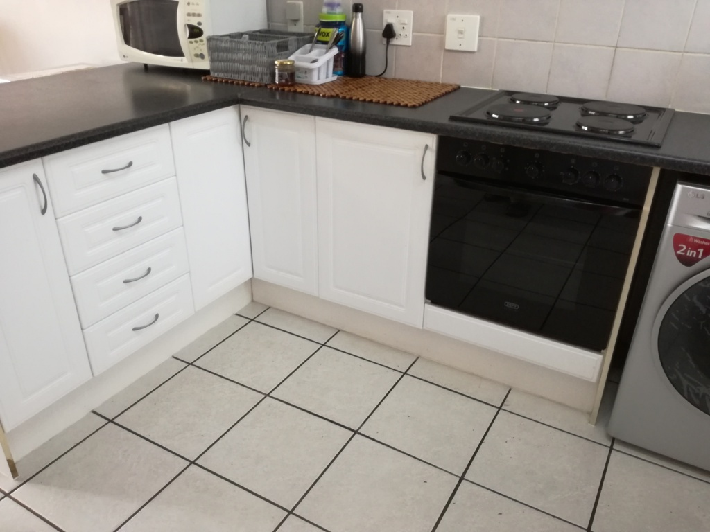 2 Bedroom Townhouse for sale in Sunninghill ENT0084557 : photo#8