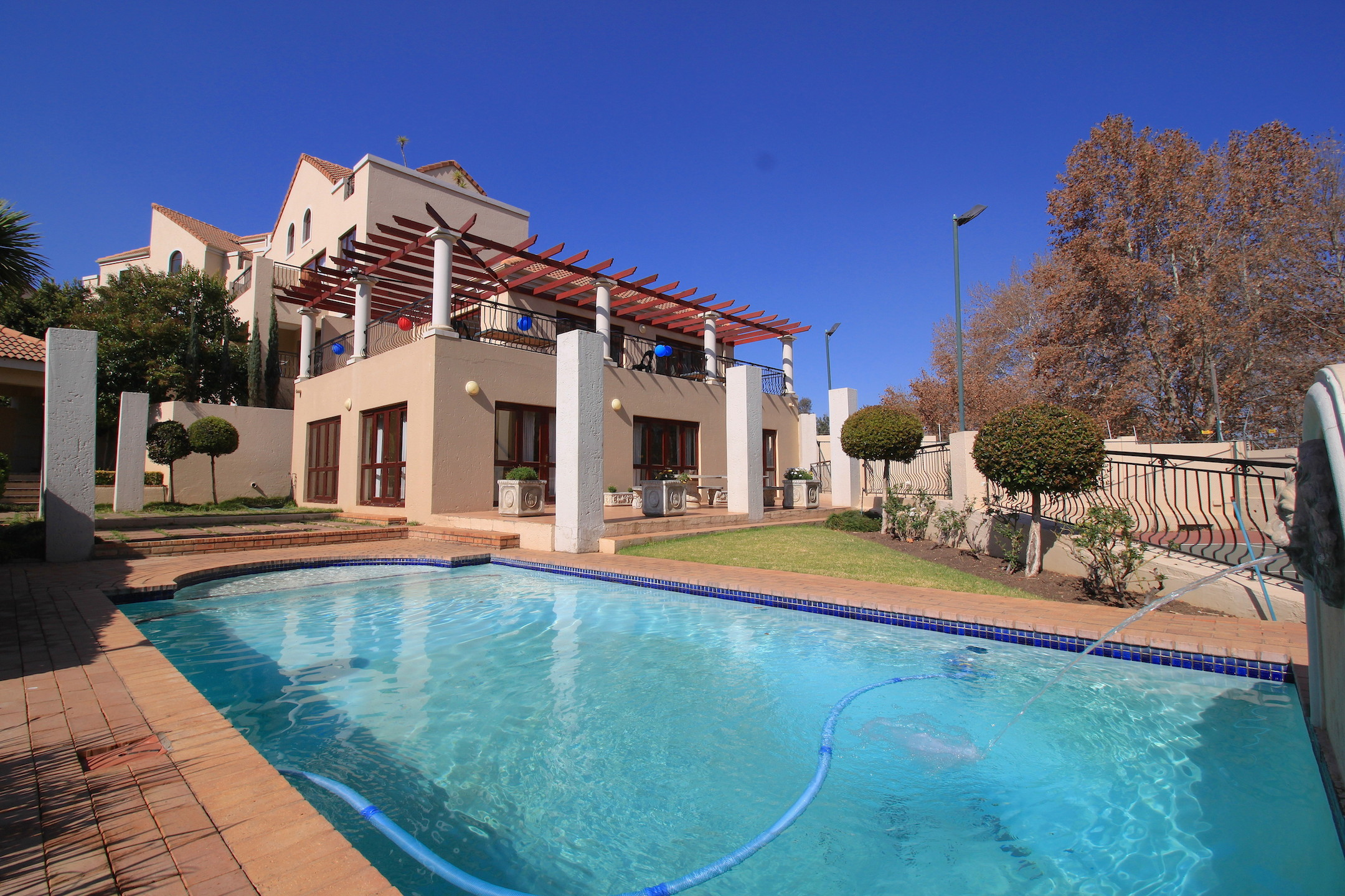 2 BedroomApartment For Sale In Sunninghill